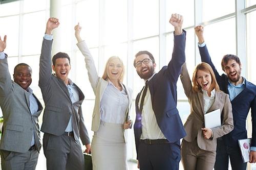 """O contrato de trabalho do empregado """"hipersuficiente"""" à luz dos principais princípios protetivos ao trabalhador."""